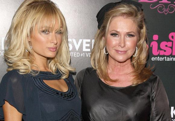 Paris and her mum Kathy Hilton almost look identical, with the same facial features, hair and lips.