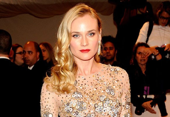 Structured curls with a severe side part are all over the red carpet. Think Diane Kruger (pictured), Katy Perry and Dita Von Tesse.