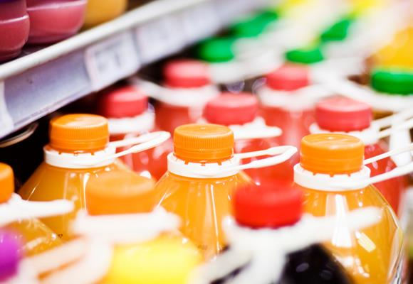 """Juices from concentrate, """"juice beverages"""", """"drinks"""" or mixes should be avoided. Look for one kind of juice if you want health benefits: those with the 100 percent juice label. Also check the label for sugar and artificial sweeteners that may pack a calorie punch."""