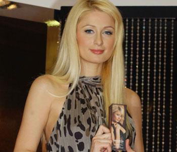 Smell like an heiress — Paris Hilton's fragrance Heiress has fruity tones including champagne mimosa and floral essences of star jasmine, honeysuckle and dewberry blossom. A very demure-looking Paris shows off her fragrance, but perhaps SJP's ad campaign (featured at the end of this slideshow) would be more fitting?    [Buy Heiress now on ninemsn Shopping](http://shopping.ninemsn.com.au/results/shp/?text=heiress,scId=1,bCatId=10)