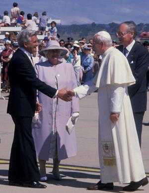 Bob Hawke welcomed Pope John Paul II during his Papal tour of Australia in 1986.