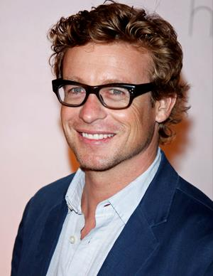 Now, Simon has shot to fame in the United States with the lead role in *The Mentalist*. He also played the lead role in the US TV show *The Guardian* and played Christian Thompson in *The Devil Wears Prada* .