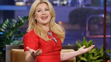 Kelly Clarkson hits back at weight loss critics