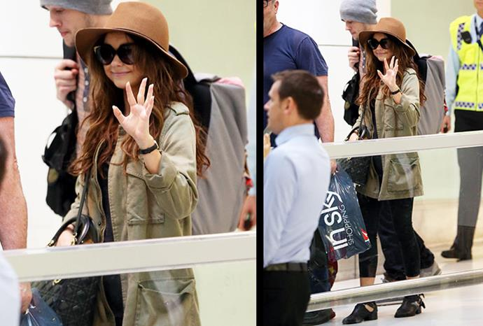 Sarah Hyland arrives at Sydney Airport ahead of filming.