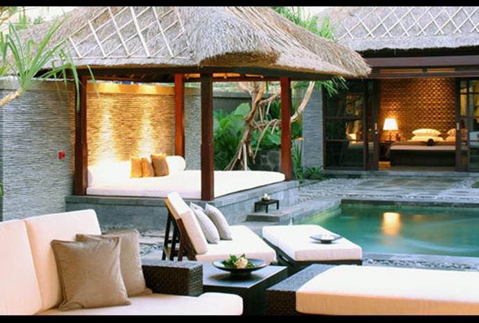 ...to a Luxury Villa in Seminyak.