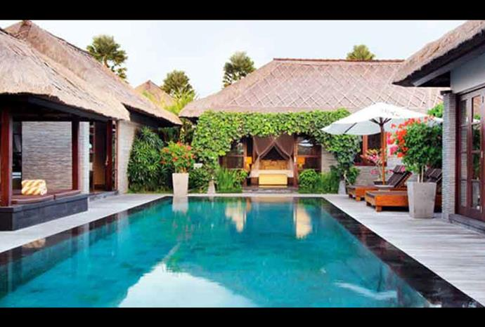 A full view of the luxury pool.