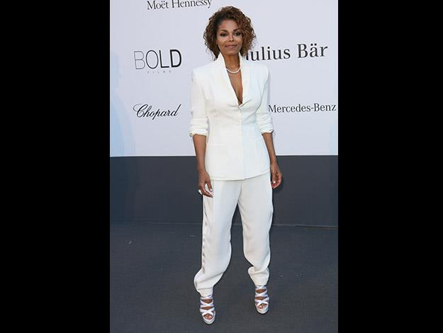 But Janet Jackson is an advocate for healthy weight-loss and the program Nutrisystem.