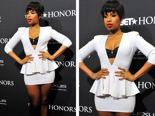 Jennifer Hudson's Hourglass Curves: Good news here ladies! If this is your goal, you will be able to relax your training regime a little! The formula is simple… Push, Pull, Squat, Eat!