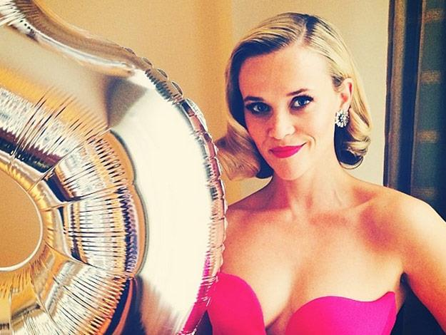 Reese Witherspoon poses for the camera.