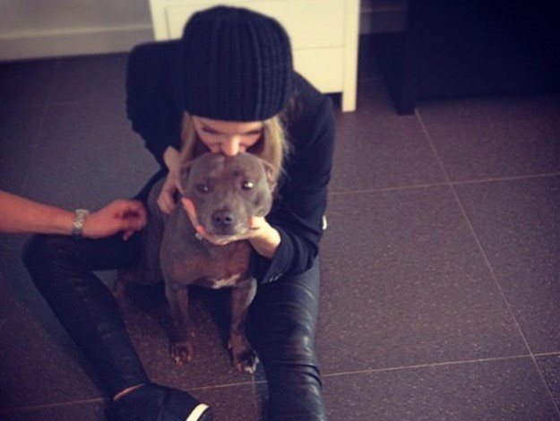 Jennifer Hawkins and Milly.