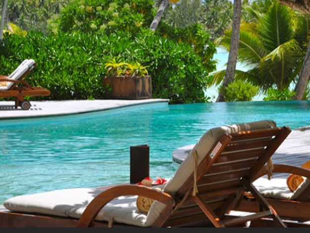 The resort is surrounded by gorgeous Tahitian lagoons.