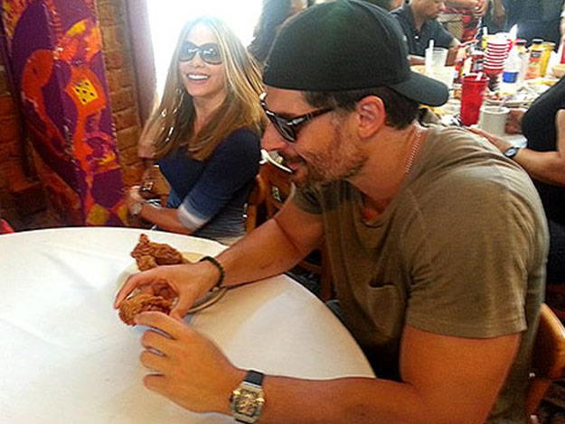 Sofia and Joe were snapped digging into a some fried chicken on their lunch date. Picture: Instagram