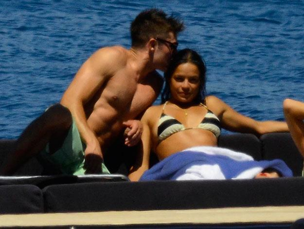Zac is super affectionate towards Michelle.