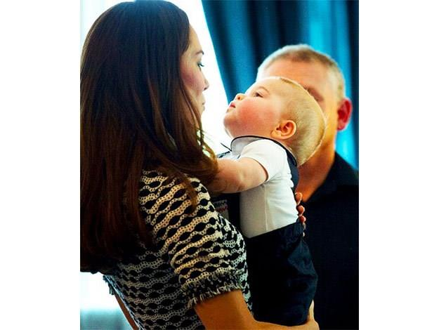 Kisses between mummy and Prince George