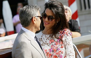 Mr and Mrs Clooney step out as husband and wife, show off their wedding bands