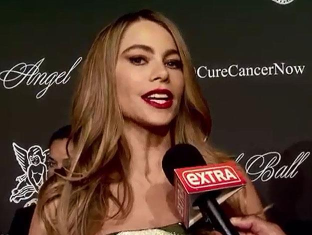 Sofia was in the middle of being interviewed for Extra TV on the red carpet at the Angel Ball.
