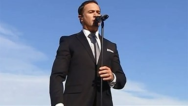 Shannon Noll hits back at critics of his Australian anthem rendition