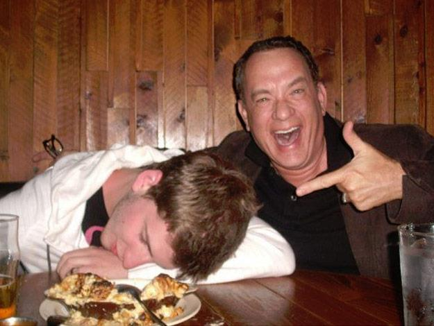The Forest Gump actor helps a random guy take coolest drunk picture ever!