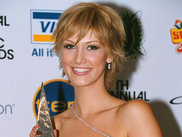 Delta has always been able to pull off any look! Here she is at the 17th Annual Aria Awards in 2003.