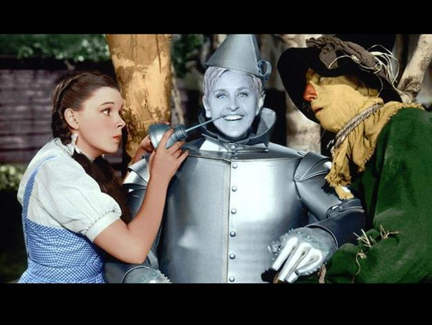 Ellen recreates a scene from the Wizard of Oz.