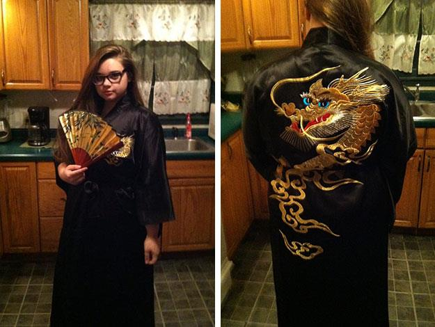 This fan was gifted an oriental robe from Taylor's travels via breakburnandends.tumblr.com