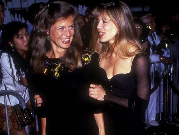 Leslie Hamilton is the identical twin of Terminator star Linda Hamilton and also played her double in the movie.