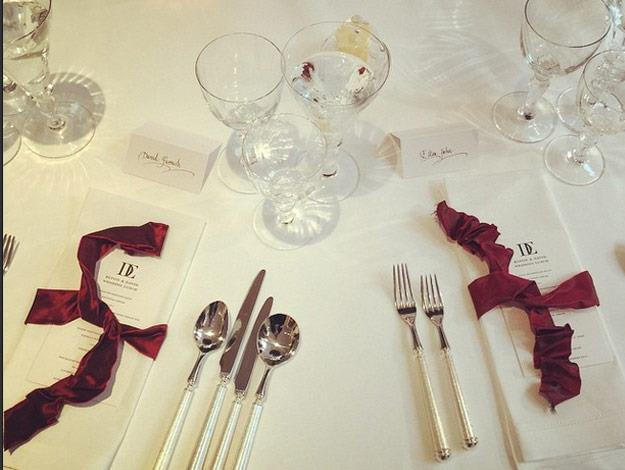 The table settings were decorated with red ribbons.