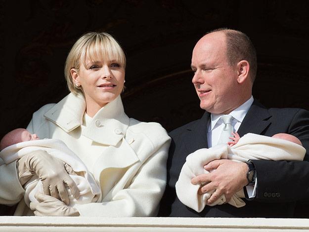 Princess Charlene and Prince Albert present their newborn twins!