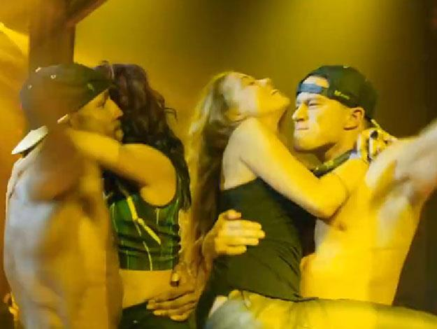 Channing and his pal get up close and personal with a couple of ladies onstage.
