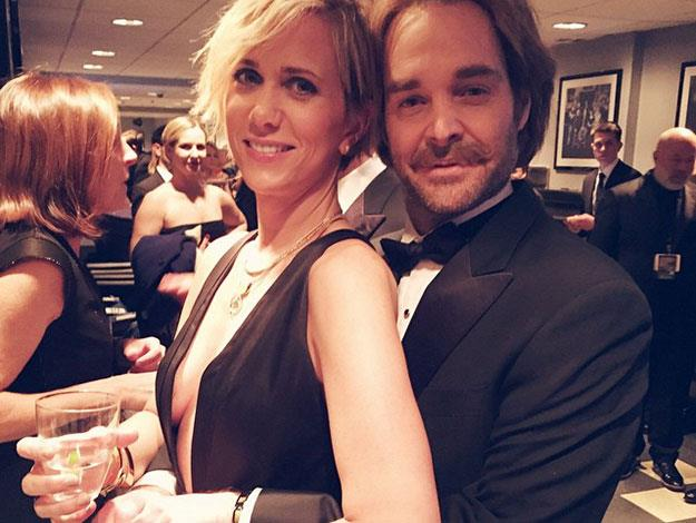 Former castmembers Will Forte and Kristen Wiig share the love backstage.