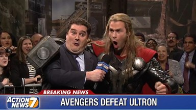 Chris Hemsworth crushes it in Thor spoof on SNL
