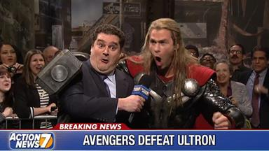 Chris Hemsworth crushes it in Thor spoof on SNL