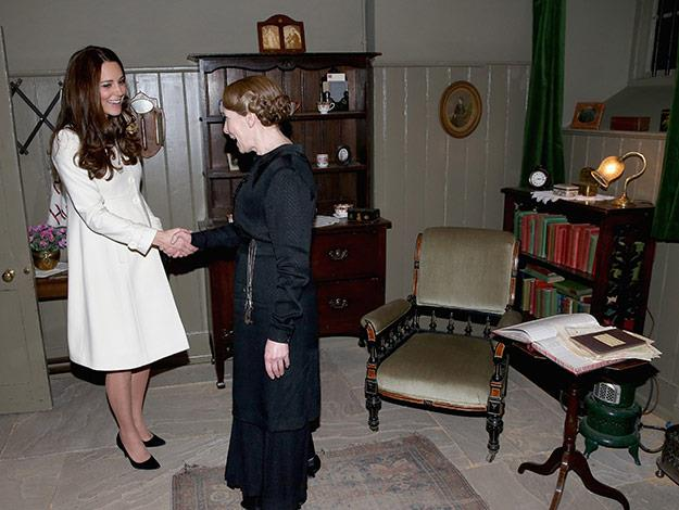 The Duchess meets actress Phyllis Logan who plays Mrs Hughes, in her sitting room.