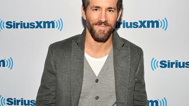 Ryan Reynolds' new role as Mr Mum!