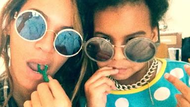 Beyoncé s and Blue Ivy's flossing video