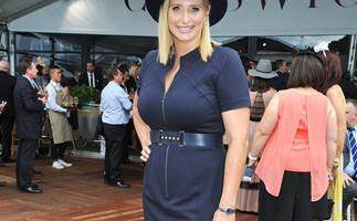 Johanna Griggs shows off her slimmed-down new figure!