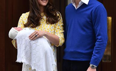 Prince William registers the birth of Princess Charlotte as Her Majesty the Queen finally meets the bundle of joy!
