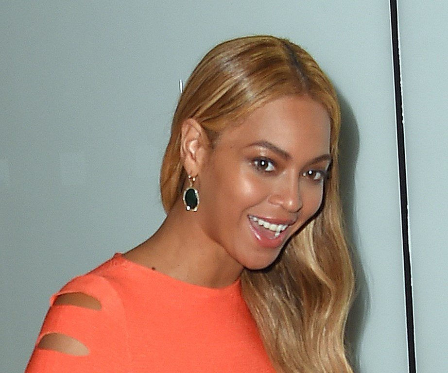 Beyonce announced she was vegan in 2015 on *Good Morning America*.
