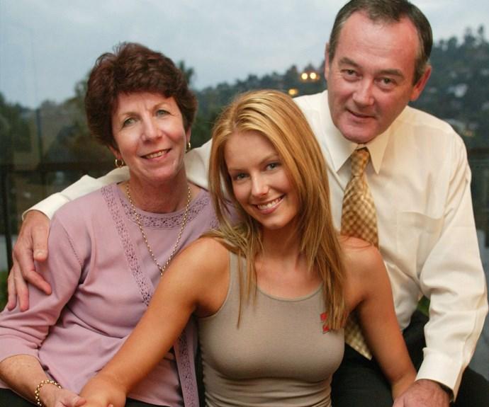 Jennifer Hawkins, Gail and Robert Hawkins