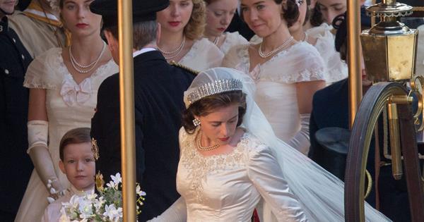 Queen Elizabeth\'s wedding recreated for Netflix series | Woman\'s Day