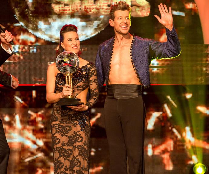 Simon Barnett wins Dancing with the Stars