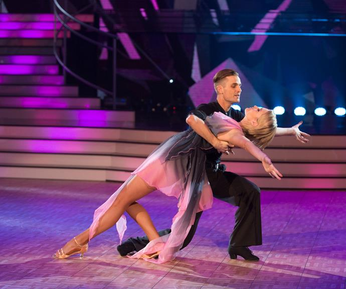 For their freestyle dance, Siobhan and Charlie mixed it up with a foxtrot/rumba fusion that earned them 27 points from the judges.