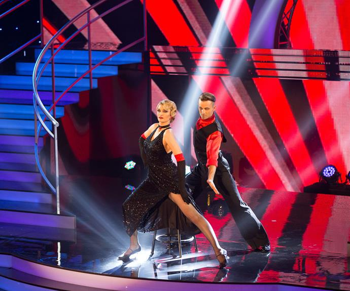 The next week, Siobhan tied with Simon Barnett for the top spot with a score of 24 for her and Charlie's tango.