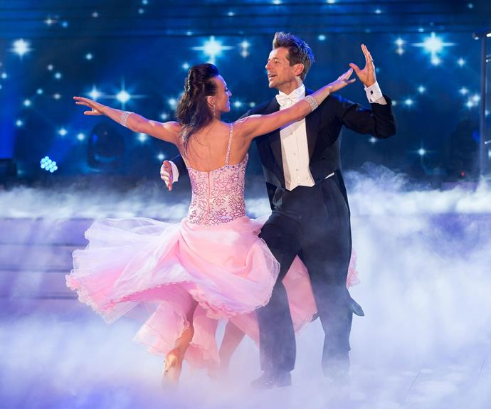 Simon and Vanessa dance in the final.