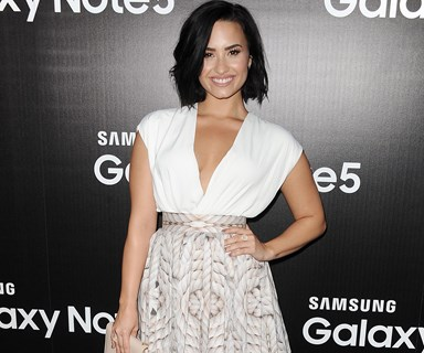 Demi Lovato strips down for nude photo shoot