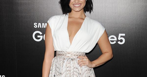 Demi Lovato Strips Down For Nude Photo Shoot  Womans Day-8741