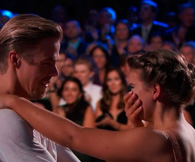 Bindi Irwin pays tribute to her dad in emotional dance