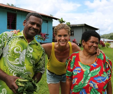 Rachel Hunter's Tour of Beauty: Rachel explores Fiji