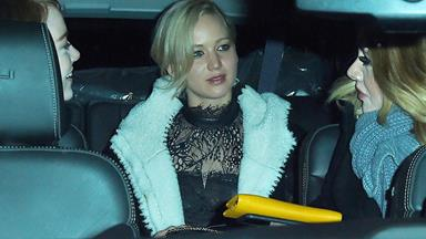 Adele, Emma Stone and Jennifer Lawrence form a new girl squad