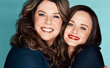 IT'S HERE! Your first look at the Gilmore Girls reboot